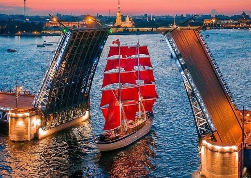Туры в Санкт-Петербург для выпускников 2020
