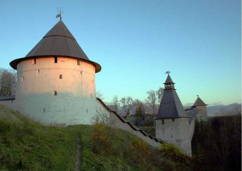 Хранители наследия: Псков - Изборск - Печоры